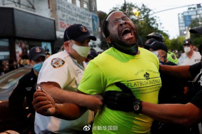 """疫情""""打掩护"""",美国这些暴力行为愈演愈烈…"""